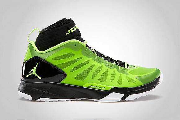 Jordan Trunner Dominate Pro Electric Green Black