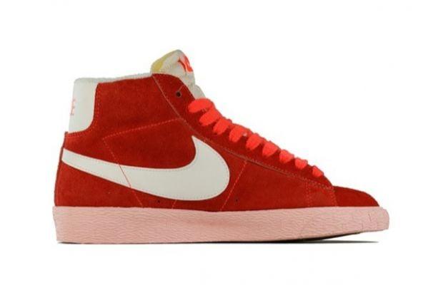 Nike Blazer Vintage Total Crimson Sail 3