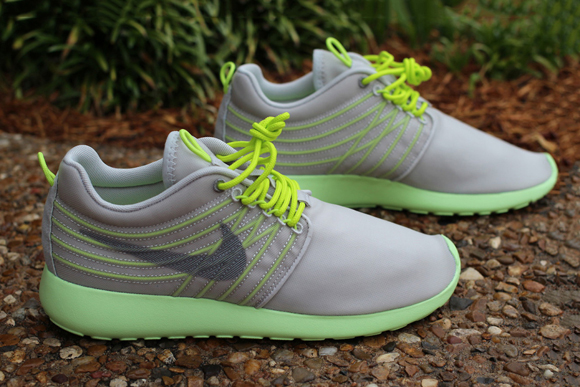Nike Roshe Run Dynamic Flywire Grey Cyber
