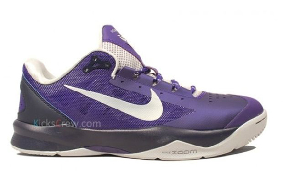 Nike Zoom Kobe Venomenon 3 Court Purple 3