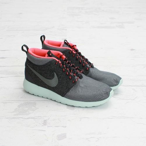 Nike Roshe Run Mid QS Tokyo
