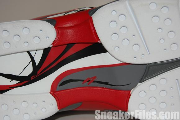 Air Jordan 8 Bugs Bunny Hare 2013 Retro Epic Look