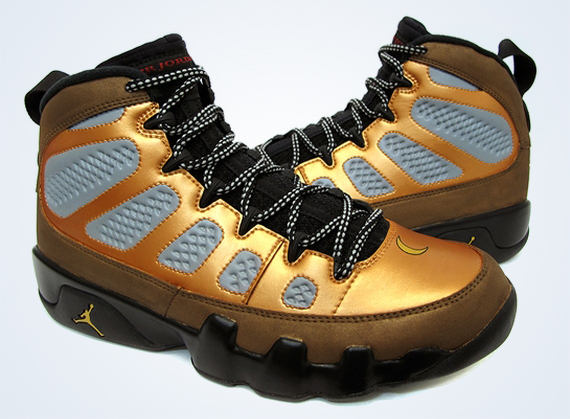 Air Jordan IX Night Owl Customs by Sekure D