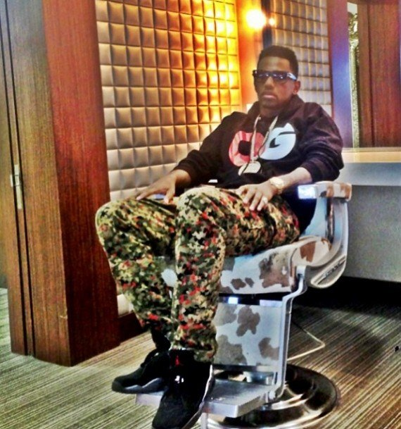 Fabolous in Air Jordan VIII Playoffs
