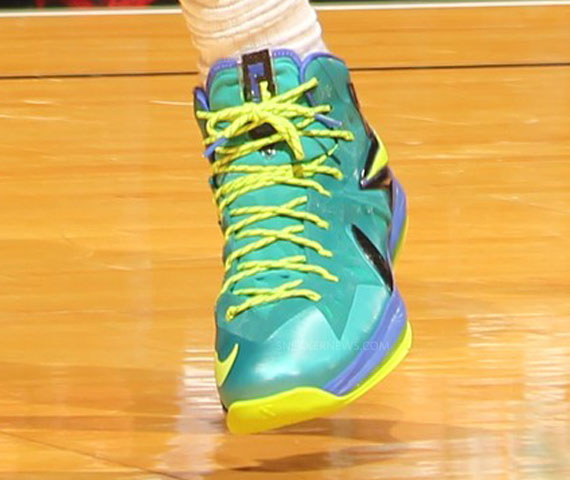 LeBron James Debuts Nike LeBron X Elite