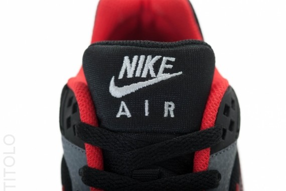 nike-air-classic-bw-gs-black-anthracite-cool-grey-3