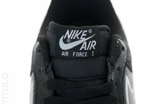 nike-air-force-1-low-black-black-white-3