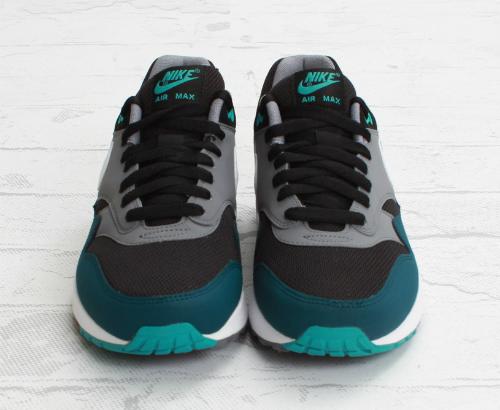 nike-air-max-1-essential-black-mid-turquoise-3