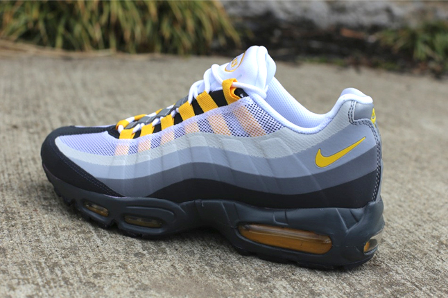 Nike Air Max 95 No Sew  Anthracite Varsity Maize-Cool Grey-Wolf Grey ... a31e48464