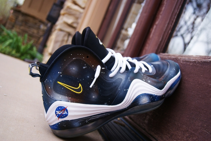 nike-air-penny-v-5-nasa-custom-5