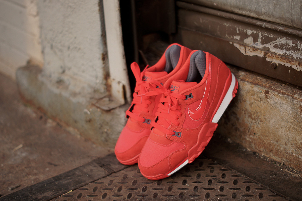nike-air-trainer-88-pimento-4