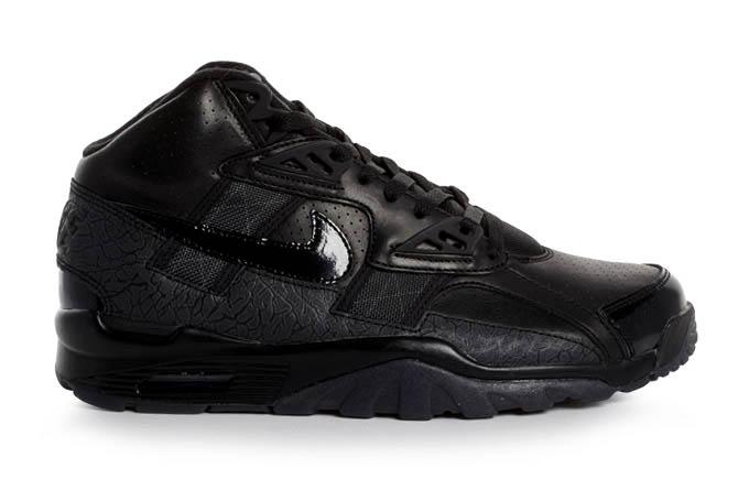nike-air-trainer-sc-high-premium-qs-black-black-dark-grey-1