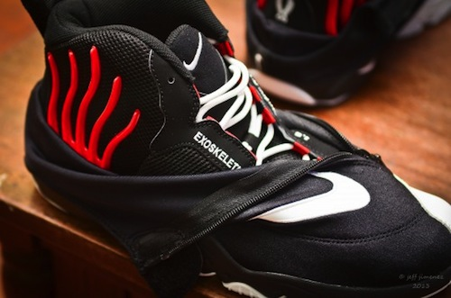 nike-air-zoom-flight-98-the-glove-1
