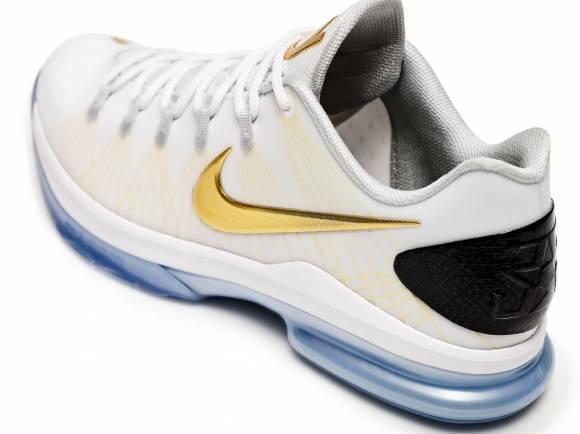 Nike Basketball Elite Series 2 Championship