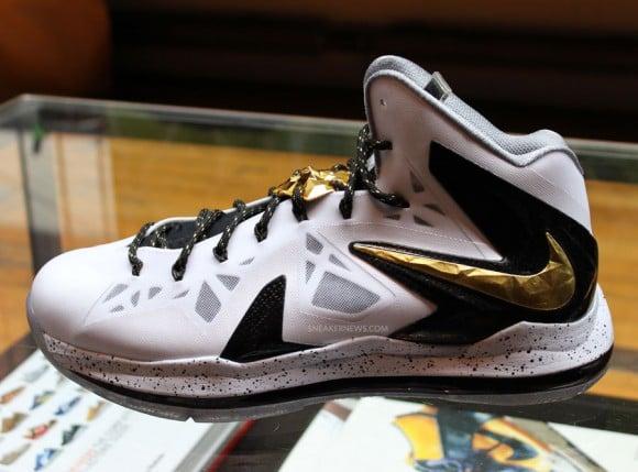Nike Basketball Elite Series Gold Pack