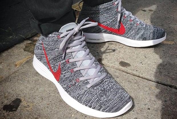 Nike Lunar Flyknit Chukka Grey Red  2a43a3754