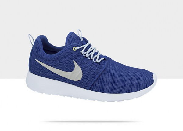 nike-roshe-run-dynamic-flywire-hyper-blue-strata-grey-ice-blue-cyber-now-available