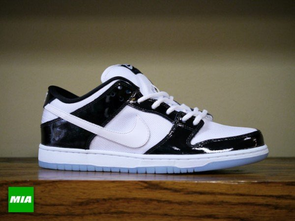 nike-sb-dunk-low-concord-detailed-images-2