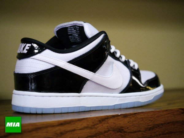 nike-sb-dunk-low-concord-detailed-images-4