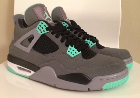 Release Update Green Glow Air Jordan IV