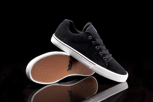 supra-assault-low-top-black-suede-1