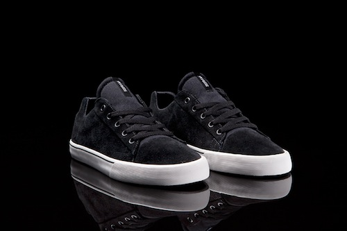 supra-assault-low-top-black-suede-2