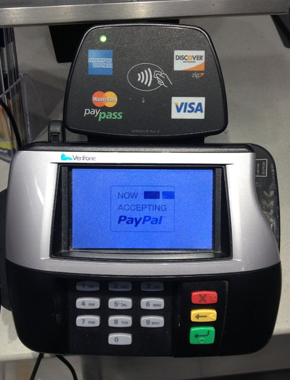 Footlocker Now Accepts PayPal In Stores 2