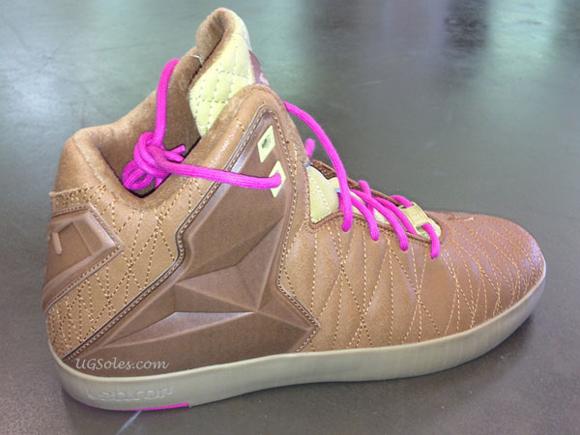 Nike LeBron XI Lifestyle 02