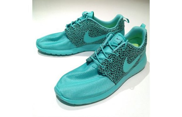 Nike Roshe Run Summer Safari