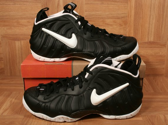 ShoeZeum Auctions 50 Nike Foamposite Sneakers