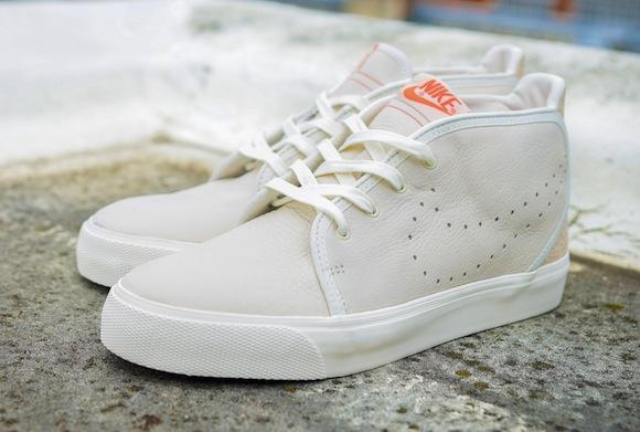 Urban Safari Pack Size Nike Air Max Light Toki 10