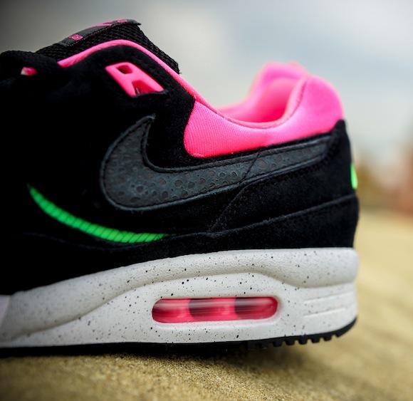 Urban Safari Pack Size Nike Air Max Light Toki 14