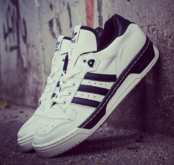 adidas originals rivalry low white black