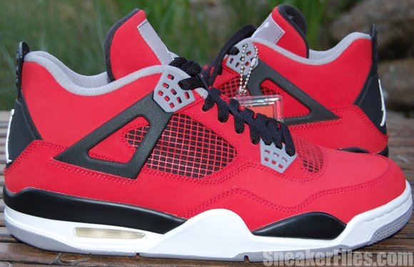 a082ebcb1ce Video: Air Jordan 4 (IV) Toro Bravo - Nubuck Red | SneakerFiles