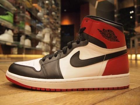Air Jordan I 1 OG Black Toe Another Look