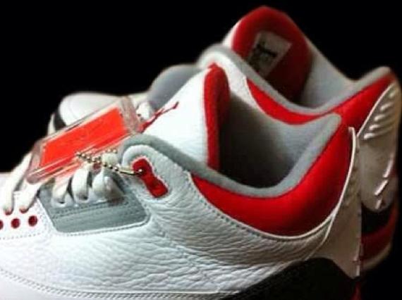 Air Jordan III Fire Red 2013 Retro Teaser