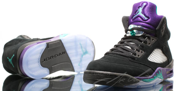 air-jordan-v-5-black-grape-another-look-1