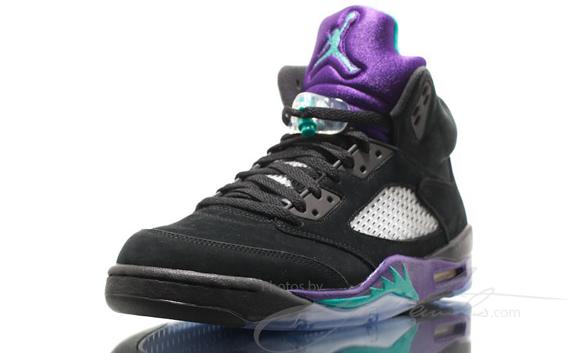 air-jordan-v-5-black-grape-another-look-3