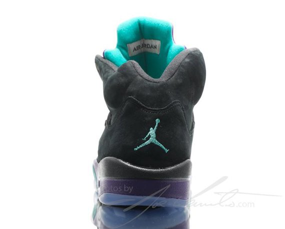 air-jordan-v-5-black-grape-another-look-6