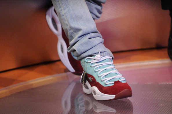 bow-wow-previews-upcoming-sneakersnstuff-reebok-question-mid-1