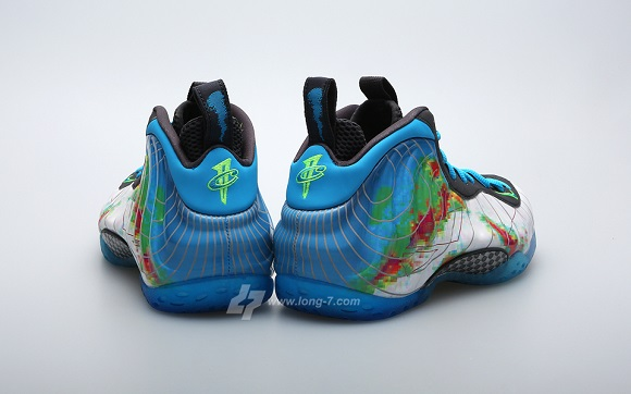 Detailed Look Nike Air Foamposite One Weatherman