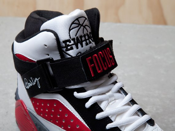 Ewing Focus Retro 2013 White Red Black