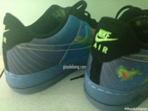 First Look Air Force 1 Weatherman