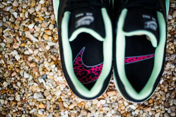 Heads Up Air Max 1 FB Yeezy Restock Via Sneaker Politics Info Inside