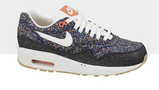 liberty-nike-wmns-air-max-1-nd-hyper-blue-sail-total-crimson-game-yellow-now-available