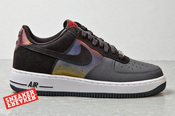 nike-air-force-1-low-hologram-2