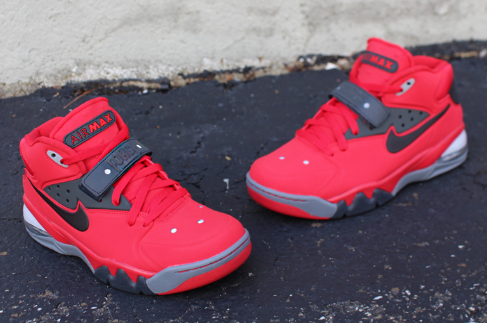 nike-air-force-max-2013-fire-red-1