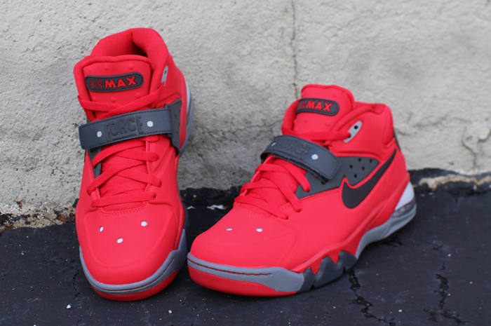 nike-air-force-max-2013-fire-red-2