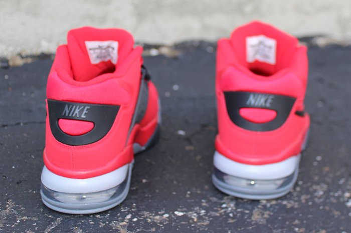 nike-air-force-max-2013-fire-red-3