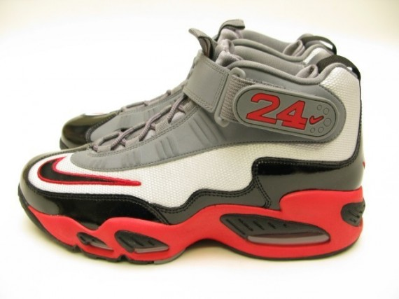 Nike Air Griffey Max 1 Pure Platinum Black Cool Grey Pimento